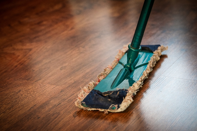 mop cleaning linoleum floor
